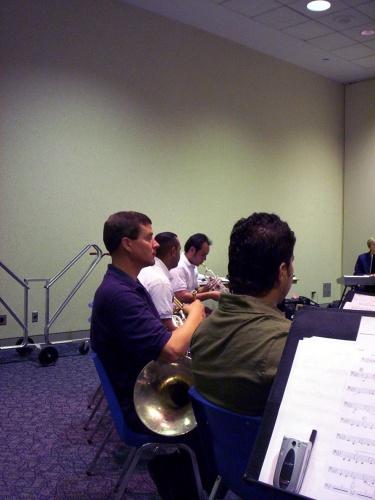 Dean Kravig rehearsing with the Montemorelos ensemble - 09 Jul 2005