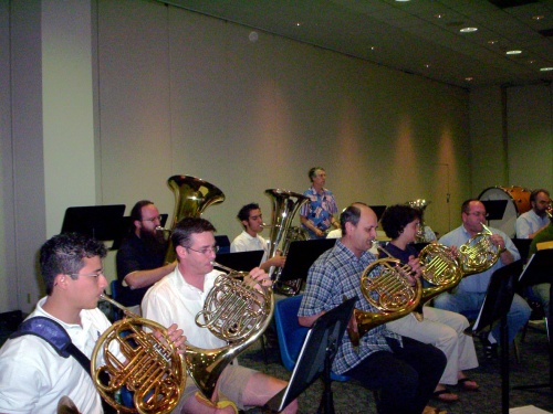 Rehearsal from the French horn corner - 09 Jul 2005